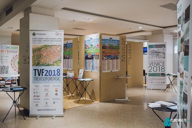 set design/conference halls